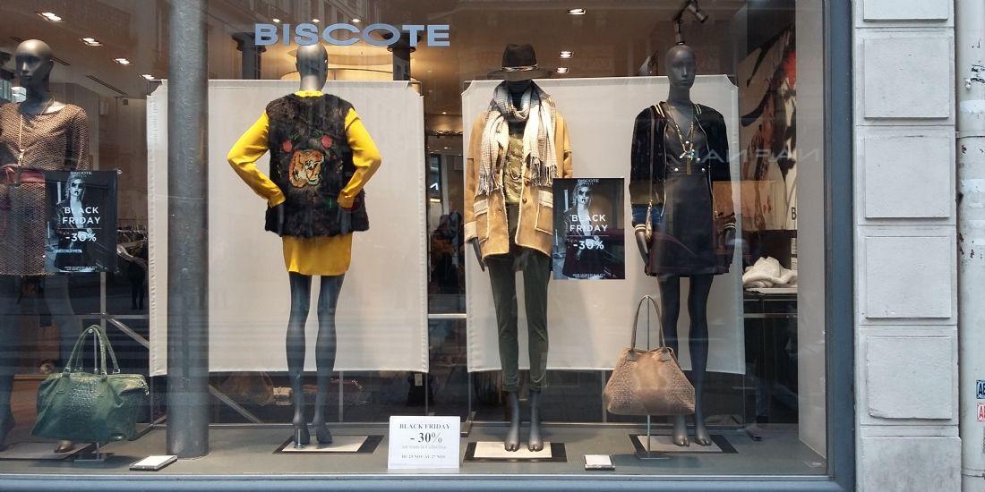 Biscote, rue Étienne Marcel à Paris, samedi 26 novembre 2016.
