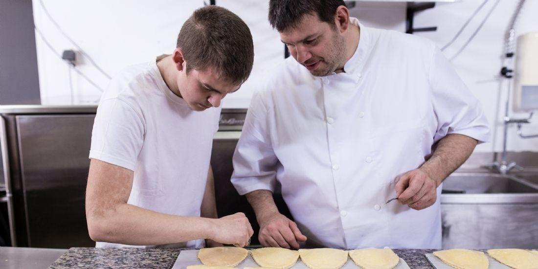 [Étude de cas] Le boulanger Nicolas Gouin favorise la mobilité internationale de ses apprentis